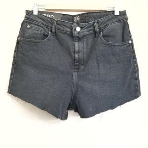 NWT BDG Urban Outfitters Black Denim Shorts 32